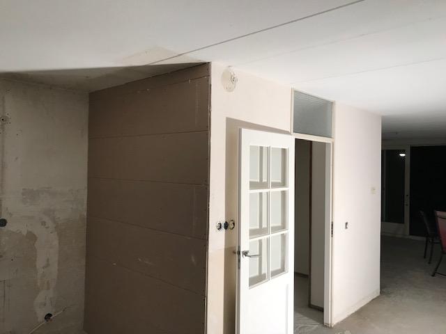 Gladpleisterwerk wanden en plafond